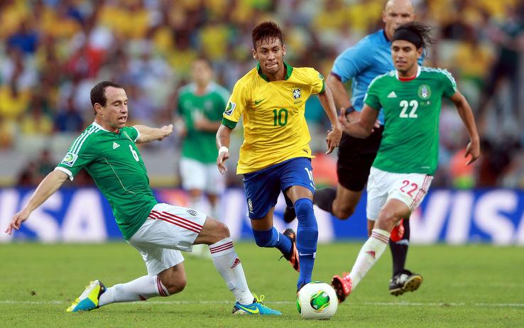 Neymar contro il Messico