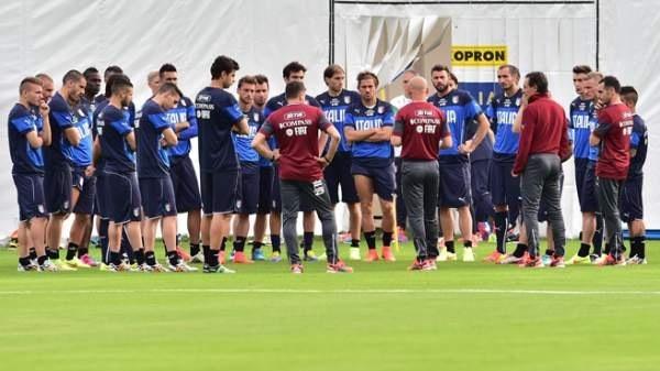 L'Italia per andare agli ottavi non deve perdere