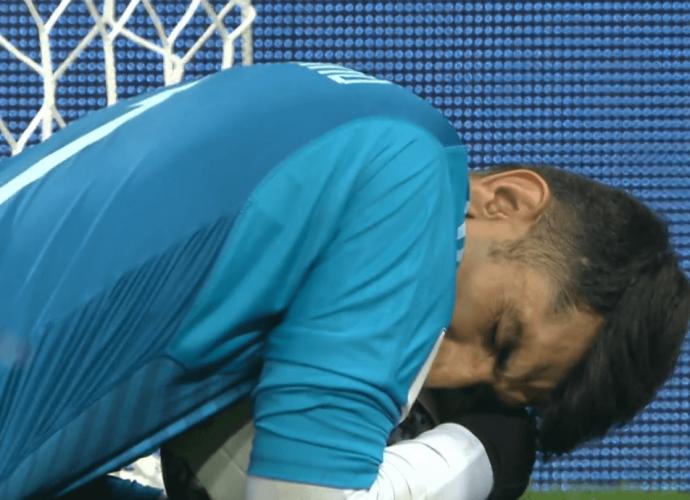 Alireza Beiranvand, portiere senza tetto che para il rigore a Ronaldo